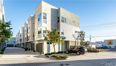 Costa Mesa Condo/Townhouse For Sale: 135 Mercer Way
