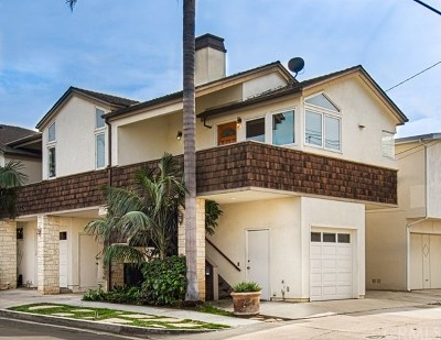 Corona del Mar Condo/Townhouse For Sale: 621 Carnation Avenue