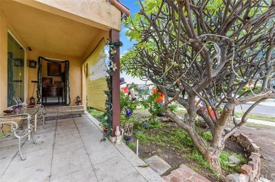 Los Angeles Single Family Home For Sale: 2637 S Garth Avenue