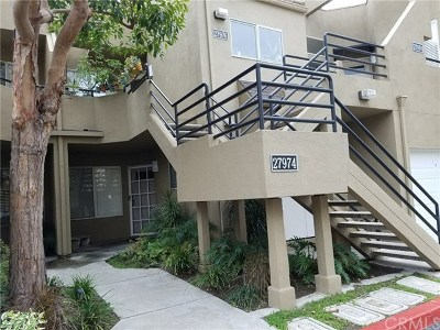 Mission Viejo Condo/Townhouse For Sale: 27974 Crimson #251