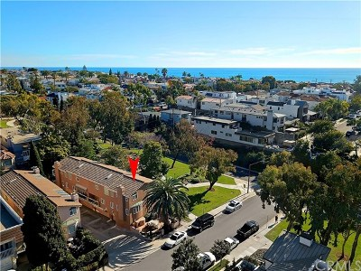 Corona del Mar Condo/Townhouse For Sale: 400 Iris Avenue