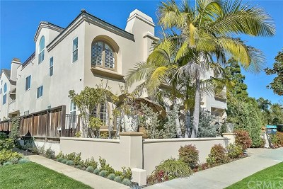 Corona Del Mar Condo/Townhouse For Sale: 517 Fernleaf Avenue
