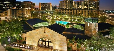 Irvine Condo/Townhouse For Sale: 818 Rockefeller