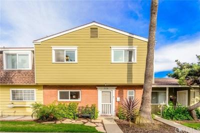 Huntington Beach Condo/Townhouse Active Under Contract: 21131 Freeport Lane