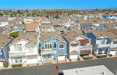 Newport Beach Mobile Home For Sale: 33 Channel Road