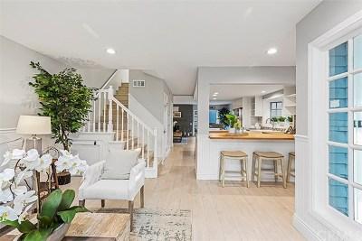 Huntington Beach CA Single Family Home For Sale: $1,275,000