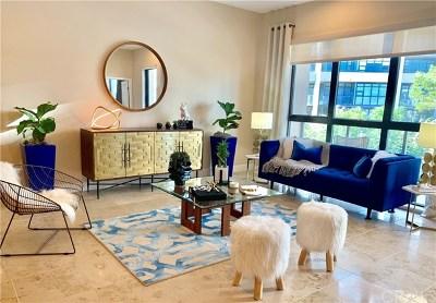 Condo/Townhouse For Sale: 402 Rockefeller #301
