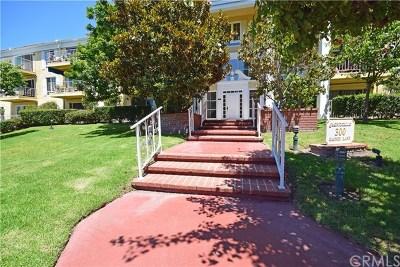 Newport Beach Condo/Townhouse For Sale: 300 Cagney Lane 101