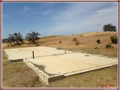 Paso Robles Residential Lots & Land Active Under Contract: 2490 Maverick Way