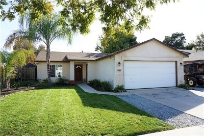 Tulare Single Family Home For Sale: 1697 Hatch Avenue