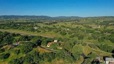 Paso Robles Single Family Home For Sale: 7415 Monterey Road