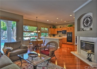 Mission Viejo CA Single Family Home For Sale: $999,000