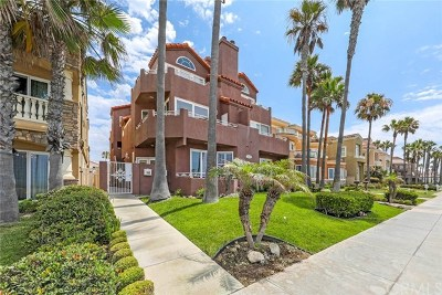 Huntington Beach CA Condo/Townhouse For Sale: $1,550,000