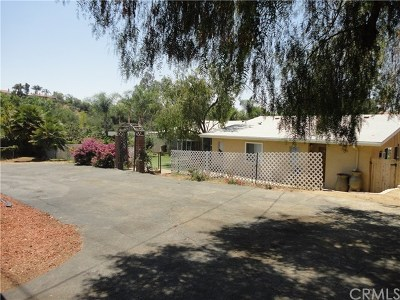 Fallbrook Single Family Home For Sale: 2471 Hummingbird Hill Lane