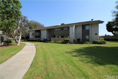 Huntington Beach Condo/Townhouse For Sale: 8777 Coral Springs Court #11G