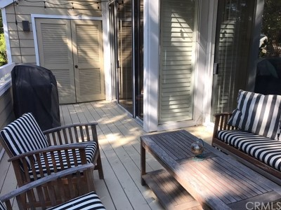 Santa Ana Condo/Townhouse For Sale: 3690 S Bear Street #C