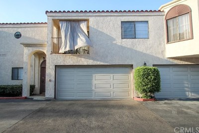 Garden Grove Condo/Townhouse For Sale: 12600 Euclid Street #3