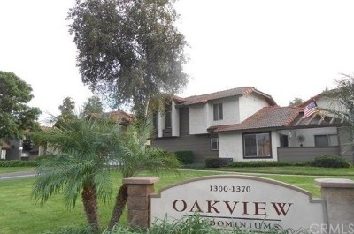 Corona Condo/Townhouse For Sale: 1324 Brentwood Circle #C