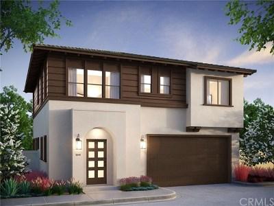 Orange Condo/Townhouse For Sale: 2051 N Orange-Olive Road