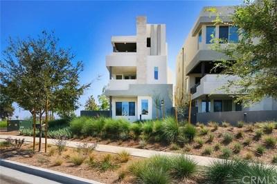 Irvine Condo/Townhouse For Sale: 221 Stellar