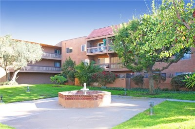 Huntington Beach Condo/Townhouse Active Under Contract: 6600 Warner Avenue #212