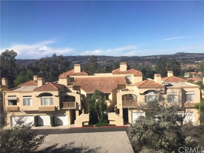 Laguna Niguel Condo/Townhouse Active Under Contract: 28175 Via Fierro