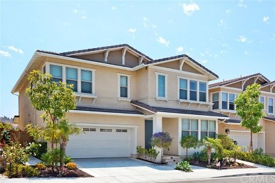 Irvine Single Family Home For Sale: 152 Willowbend
