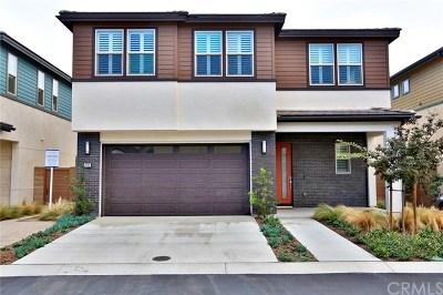 Costa Mesa Single Family Home For Sale: 2108 Breakaway Lane