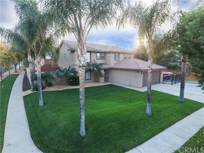Corona Single Family Home For Sale: 1190 Tabitha Way