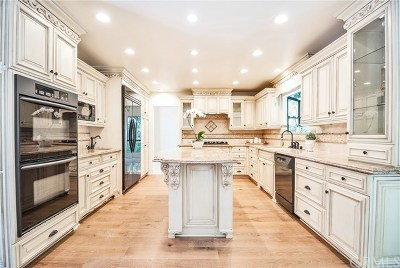Newport Beach Single Family Home For Sale: 361 Newport Glen Court