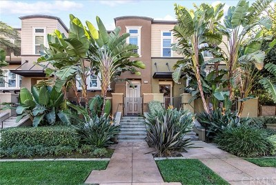 Newport Beach Condo/Townhouse For Sale: 11 Bluefin Court