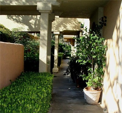 Laguna Niguel Condo/Townhouse For Sale: 30902 Clubhouse Drive #22D
