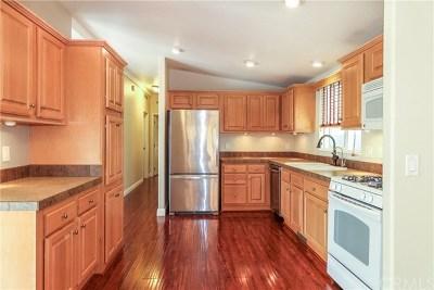 Huntington Beach Condo/Townhouse For Sale: 16400 Saybrook Lane #46
