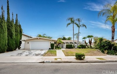 Mission Viejo Single Family Home Active Under Contract: 25422 Adriana Street