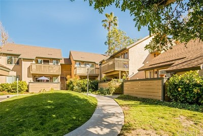 Lake Forest Condo/Townhouse For Sale: 20922 Serrano Creek Road #50