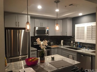 Tustin Condo/Townhouse For Sale: 122 Gallery Way