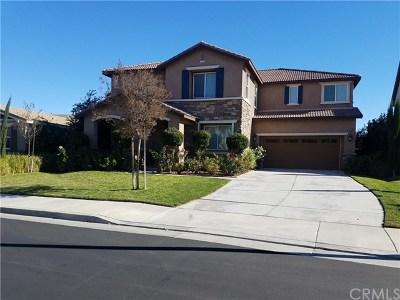 Menifee Single Family Home For Sale: 30186 Heatherfield Circle