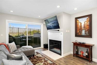 Costa Mesa Condo/Townhouse For Sale: 2205 Pacific Avenue #101