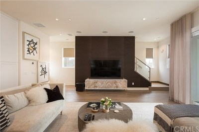 Costa Mesa Condo/Townhouse For Sale: 2115 Tidewater Circle