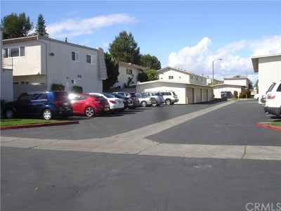 Fountain Valley Condo/Townhouse For Sale: 17461 Pleasant Court