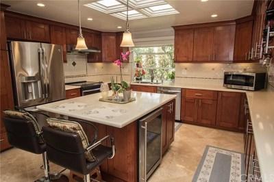 Laguna Woods Condo/Townhouse For Sale: 3141 Via Vista #B