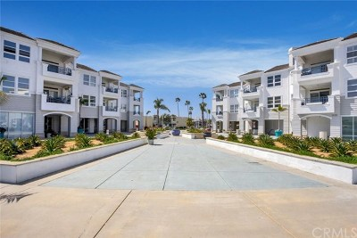 Newport Beach, Corona Del Mar, Newport Coast Condo/Townhouse For Sale: 2600 Newport Boulevard #210
