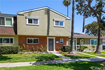 Huntington Beach Single Family Home Active Under Contract: 21162 Surfwood Lane