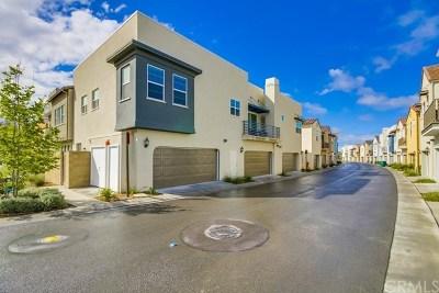 Irvine Condo/Townhouse For Sale: 157 Fixie