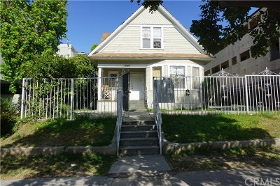 Long Beach Multi Family Home For Sale: 1556 Pine Avenue