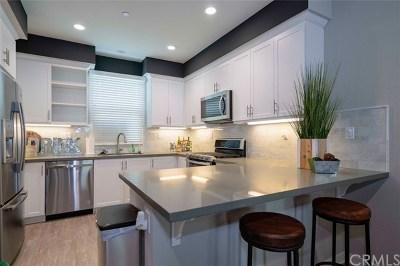 Rancho Santa Margarita Condo/Townhouse For Sale: 21472 Dahlia Court
