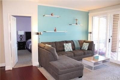 Aliso Viejo Condo/Townhouse For Sale: 22681 Oakgrove #423