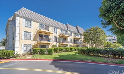 Newport Beach Condo/Townhouse For Sale: 500 Cagney Lane #PH 17