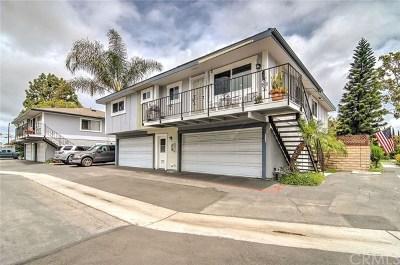 Huntington Beach Condo/Townhouse Active Under Contract: 16408 Vista Roma Circle #116