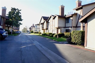 Anaheim Condo/Townhouse For Sale: 9041 Stacie Lane #12